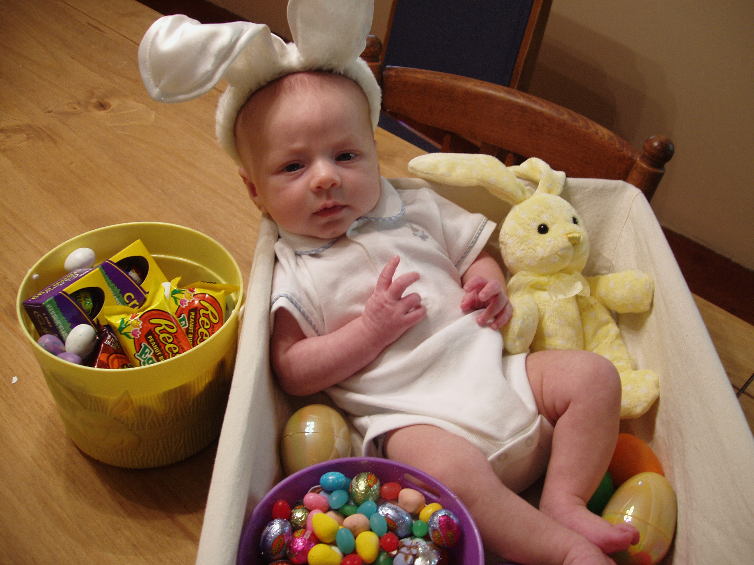 Hayden's First Easter 006.jpg